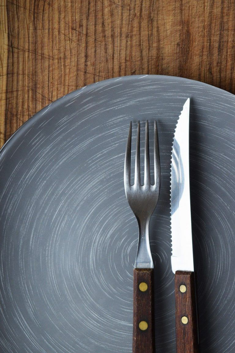 knife and fork, plate, dish